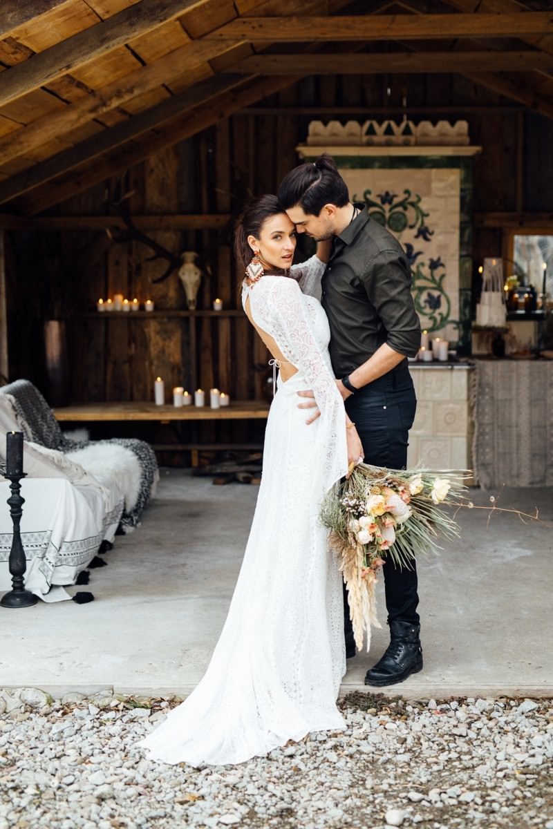 666638a4bb An Intimate Boho + Rustic Wedding Inspiration